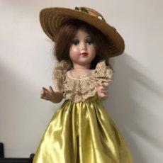 Muñeca española clasica: MUÑECA ANTIGUA DE PLÁSTICO DURO O CELULOIDE. Lote 179033830