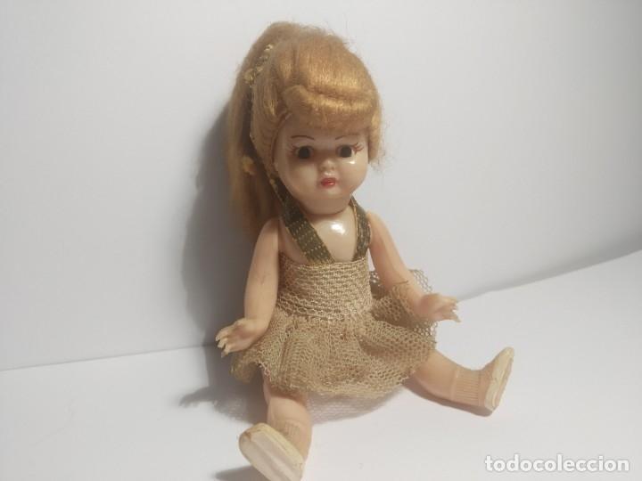 Muñeca española clasica: Preciosa muñeca de celuloide, ojos durmientes vestida de bailarina/pequeñita. - Foto 4 - 179115568