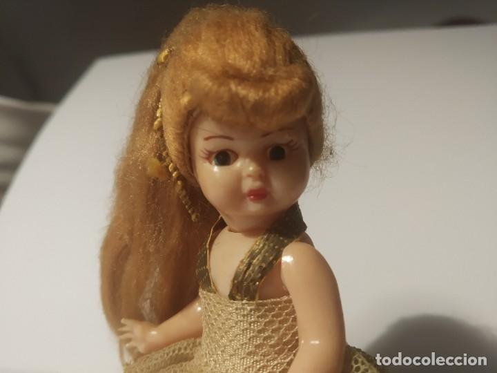 Muñeca española clasica: Preciosa muñeca de celuloide, ojos durmientes vestida de bailarina/pequeñita. - Foto 5 - 179115568