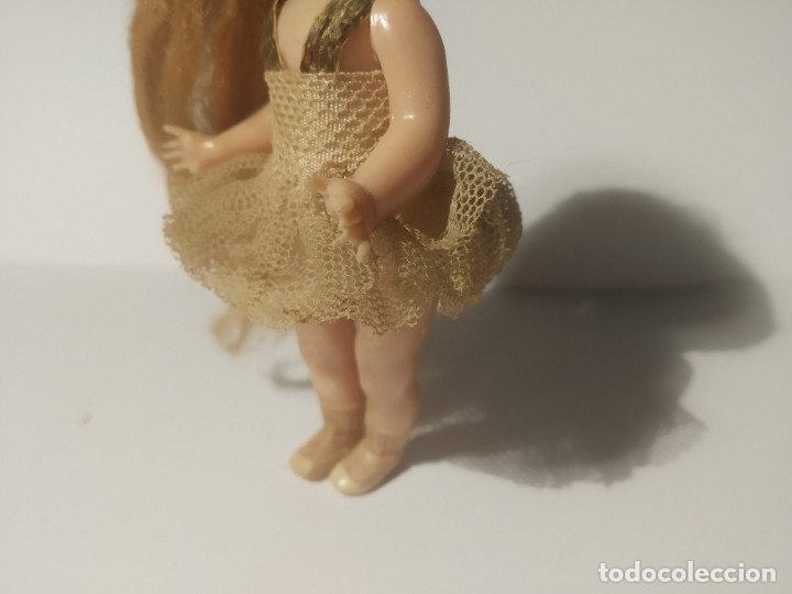 Muñeca española clasica: Preciosa muñeca de celuloide, ojos durmientes vestida de bailarina/pequeñita. - Foto 7 - 179115568