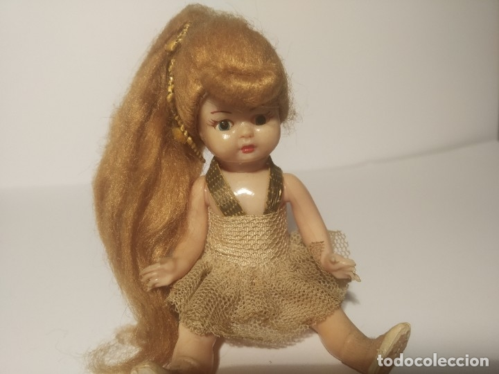Muñeca española clasica: Preciosa muñeca de celuloide, ojos durmientes vestida de bailarina/pequeñita. - Foto 10 - 179115568