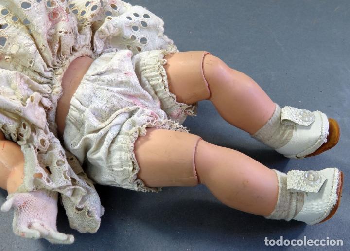 Muñeca española clasica: Angelita LEB celuloide articulada ojo durmiente ropa calzado original 28 cm alto - Foto 7 - 180952702