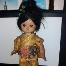 Muñeca española clasica: MUÑECA CELULOIDE JAPONESA - OJOS DURMIENTES - 28 CM ALTURA. Lote 181186876