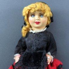 Muñeca española clasica: MUÑECA ASTURIANA CABEZA CELULOIDE CUERPO CARTÓN PIEDRA PELUCA AÑOS 50 35 CM ALTO. Lote 181357487