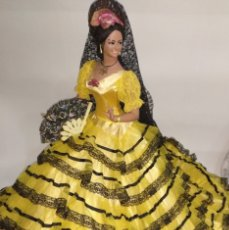 Muñeca española clasica: MUÑECA GITANA DE MARIN DE COLECCION 68 CM GIGANTE. Lote 235406735
