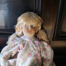 Muñeca española clasica: MUY ANTIGUA MUÑECA DESCONOZCO MUÑECA DE TELA DE TRAPO ANTIGUA. Lote 181984203