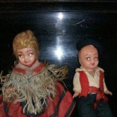 Muñeca española clasica: PAREJA,DE MUÑEQUITOS REGIONALES ANTIGUOS. Lote 182205823