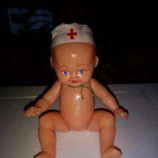 Muñeca española clasica: ANTIGUO MUÑECO MEDICO EN PLASTICO DURO DE 16 CM. Lote 184043061