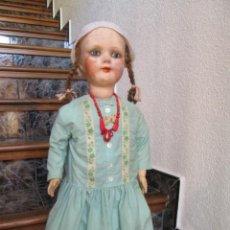 Muñeca española clasica: ANTIGUA MUÑECA ESPAÑOLA DE CARTON PIEDRA DEL AÑO 1920.. Lote 186239312
