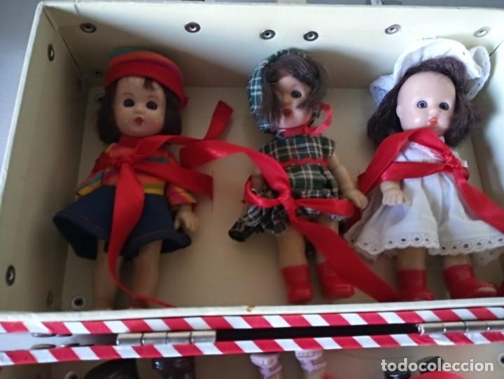 Muñeca española clasica: maletin con 6 muñecas mariquita perez - Foto 4 - 188794027