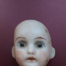 Muñeca española clasica: CABEZA DE MUÑECA ANTIGUA DE 3,5 CMS. DE DIAMETRO Y CON EL ALAMBRE 15 CMS. TOTAL FECHADA EN 1810. Lote 190169182