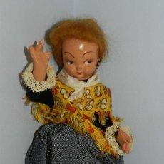 Muñeca española clasica: MUÑECA DE LA CASA GROS AÑOS 40, CON TRAJE REGIONAL REALIZADA EN CARTÓN PIEDRA PINTADA AL DUCO, CABE. Lote 191617398