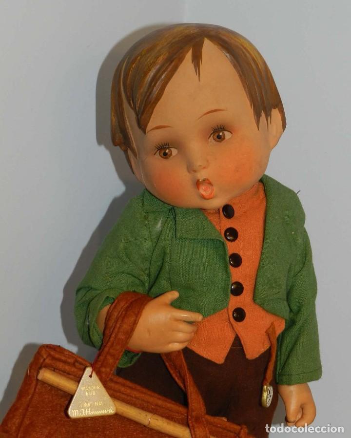 Muñeca española clasica: Antiguo muñeco M. J Hummnl, años 40. con etiqueta. Ojo y pelo decorado, la cabeza por detras tiene u - Foto 5 - 191633638