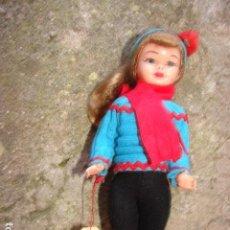 Muñeca española clasica: PEQUEÑA MUÑECA PONY TAIL EN CELULOIDE LISTA PARA PONERSE LOS ESQUIS. Lote 193182061