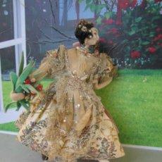 Muñeca española clasica: ORIGINAL MUÑECA DE FIELTRO KLUMPE DE FALLERA VALENCIANA DECADA 1940. Lote 258024795