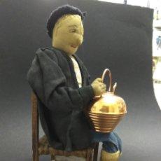 Bambola spagnola classica: MUÑECO ANTIGUO PAIS VASCO AITITE TRAPO ARTESANAL PP. S. XX FIGURA 22 CM EUSKALERRIA ETNOGRAFIA. Lote 193950017