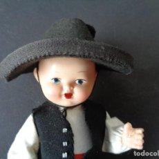 Muñeca española clasica: MUÑECO ANTIGUO DE CELULOIDE O PLASTICO. Lote 194107550