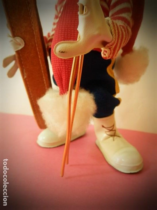 Muñeca española clasica: MUÑECO DE FIELTRO ANTIGUO ESQUIADOR LAYNA CON CAJA ORIGINAL - Foto 4 - 194306405