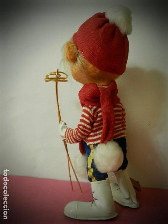 Muñeca española clasica: MUÑECO DE FIELTRO ANTIGUO ESQUIADOR LAYNA CON CAJA ORIGINAL - Foto 5 - 194306405