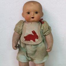 Muñeca española clasica: MUÑECO CABEZA DE BARRO Y CUERPO DE ROPA. Lote 194404055