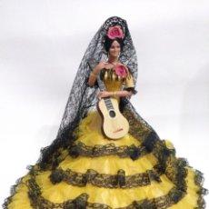 Muñeca española clasica: MUÑECA GITANA DE MARIN DE 44 CM ANTIGUA. Lote 194625992