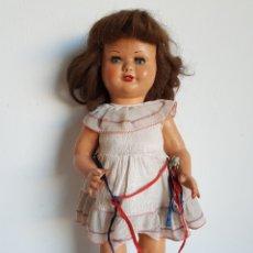 Muñeca española clasica: ANTIGUA MUÑECA CARTON PIEDRA AÑOS 30-40 GRAN ESTADO CON SISTEMA DE SONIDO. Lote 195298910