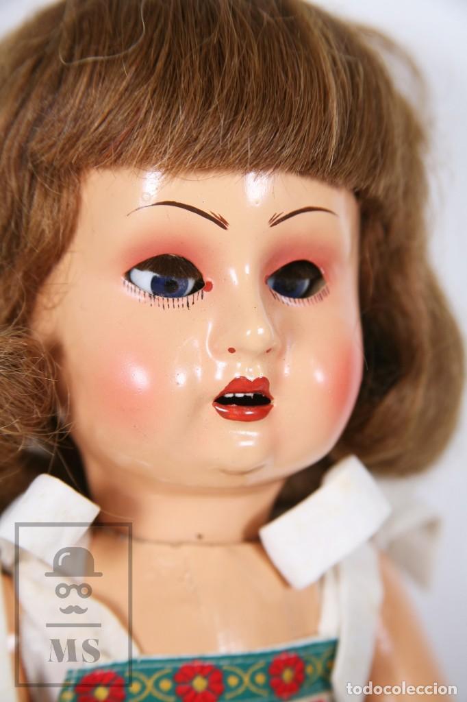 Muñeca española clasica: Antigua Muñeca Articulada de Composición y Madera - Ojos de Cristal - Años 40-50 - Foto 2 - 195299707