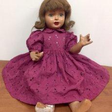 Muñeca española clasica: ANTIGUA MUÑECA ESPAÑOLA. AÑOS 40-50. NECESITA RESTAURACIÓN.. Lote 195327627