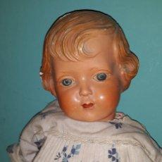 Muñeca española clasica: ANTIGUA MUÑECA DE CARTON PIEDRA AÑOS 40. Lote 195449341