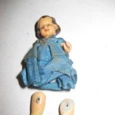 Muñeca española clasica: BONITA MUÑECA MUY PEQUEÑA 6 CM PORCELANA O PASTA CERAMICA ? . Lote 195483302