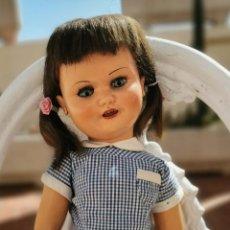 Muñeca española clasica: MUÑECA VIBEVI. COMPOSICIÓN Y PELO NATURAL. ESPAÑA. AÑOS 40. Lote 196275373
