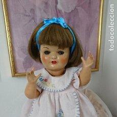 Muñeca española clasica: ANTIGUA MUÑECA ESPAÑOLA ANDADORA, DEL MISMO FABRICANTE DE CAYETANA, ISIDRO RICO (ONIL), AÑOS 40. Lote 196755786