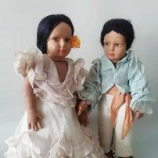Muñeca española clasica: PRECIOSA PAREJA MUÑECOS DE TRAPO, PRODUCCIÓN ESPAÑOLA AÑOS 50. Lote 196884120