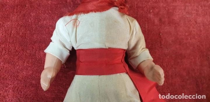 Muñeca española clasica: PAREJA DEMUÑECOS DE CLULOIDE. TRAJE REGIONAL DEL PAIS VASCO. CIRCA 1950. - Foto 8 - 198174887