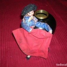 Muñeca española clasica: MUY ORIGINAL MUÑECO VESTIDO DE TORERO,TRABAJO ARTESANO.. Lote 198387517