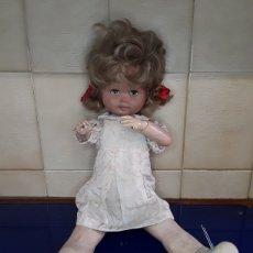 Muñeca española clasica: ANTIGUA MUÑECA CARTÓN PIEDRA Y MADERA. Lote 199274952