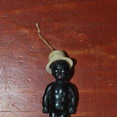 Muñeca española clasica: ANTIGUO MUÑECO NEGRO DE CELULOIDE - CON CHISTERA - AÑOS 20. Lote 200525352