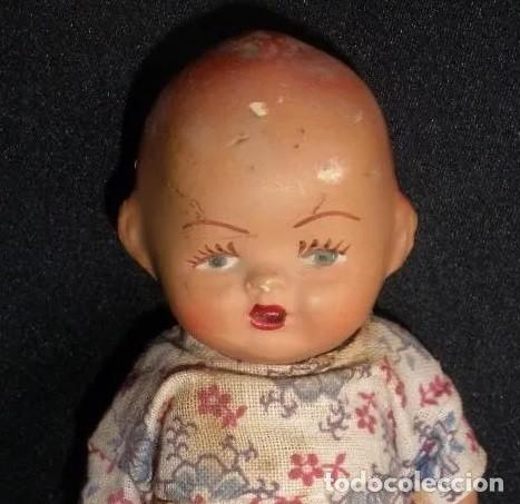 Muñeca española clasica: Antigua muñeca bebe de terracota porcelana años 40s con ropa original 14 cm - Foto 2 - 55194930