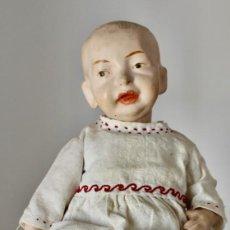 Muñeca española clasica: ANTIGUO BEBÉ, MUÑECO DE PAPEL MACHÉ O CARTÓN PIEDRA.34 CM.. Lote 205282101