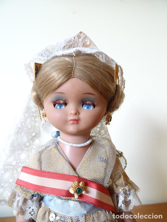 Muñeca española clasica: LINDA PIRULA VESTIDA DE VALENCIANA TIPO BOMBONERA CON ETIQUETA ORIGINAL - MUÑECAS ALBA - AÑOS 50 - Foto 3 - 205772442