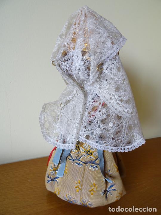 Muñeca española clasica: LINDA PIRULA VESTIDA DE VALENCIANA TIPO BOMBONERA CON ETIQUETA ORIGINAL - MUÑECAS ALBA - AÑOS 50 - Foto 7 - 205772442