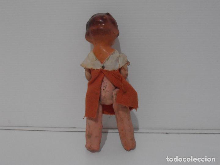 Muñeca española clasica: MUÑECA CARTON PIEDRA VESTIDO NARANJA 16 CM POSGUERRA AÑOS 40 - Foto 3 - 206156078