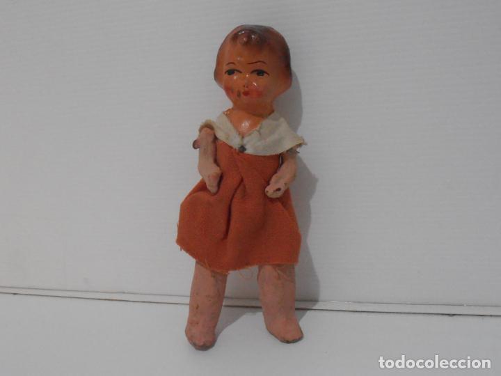 Muñeca española clasica: MUÑECA CARTON PIEDRA VESTIDO NARANJA 16 CM POSGUERRA AÑOS 40 - Foto 5 - 206156078