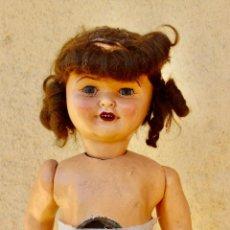 Muñeca española clasica: ANTIGUA MUÑECA DE PAPEL MACHÉ O CARTON PIEDRA.OJOS MOVILES .44 CM.PARA RESTAURAR. Lote 206236628