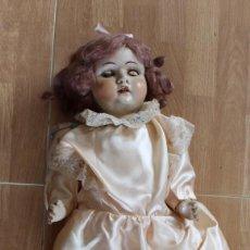 Muñeca española clasica: ANTIGUA MUÑECA DE CERAMICA Y COMPOSICIÓN- NO SE ABREN LOS OJOS -PARA RESTAURAR-56 CM. Lote 206241735