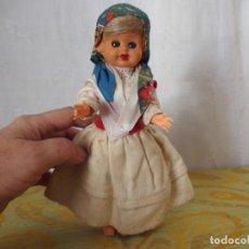 Muñeca española clasica: MUÑECA REGIONAL. Lote 207321048