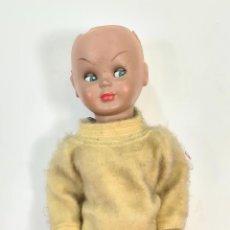 Muñeca española clasica: MUÑECA DE CELULOSA. BRAZOS Y PIERNAS ARTICULADOS. OJOS BASCULANTES. CIRCA 1950.. Lote 210180798