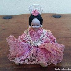 Muñeca española clasica: ANTIGUA MUÑECA FLAMENCA DE TRAPO Y PORCELANA TIPO BISCUIT ( CABEZA, MANOS Y PIES), PINTADA A MANO. Lote 211510825