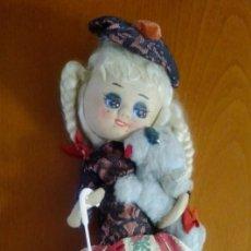 Muñeca española clasica: MUÑECA DE TELA DE LOS AÑOS 50. ENVIO GRATIS. Lote 211603517