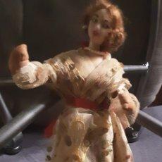 Muñeca española clasica: MUÑECA AÑOS 60, DE ALHAMBRE Y TELA. LAYNA MADE IN SPAIN. 24X10 CM. Lote 213592371